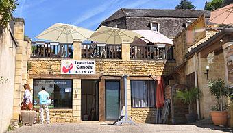 Base de location de canoë sur la Dordogne (24) à Beynac