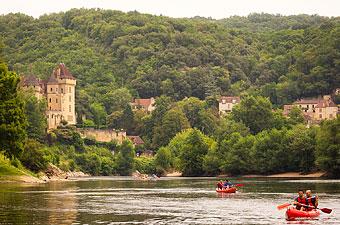 Location de canoës et de kayaks sur la Dordogne