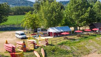 Base de location de canoë sur la Dordogne (24) à Vitrac